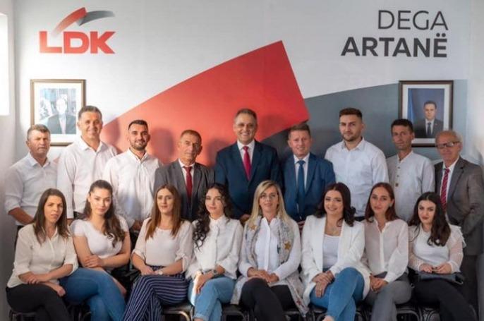 LDK në Artanë thotë se e ka listën më të mirë për Kuvendin Komunal