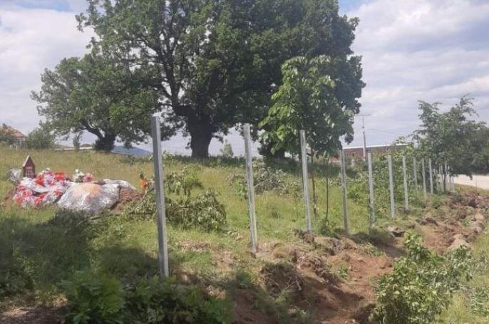 Nis rregullimi i varrezave në Kizhnarekë