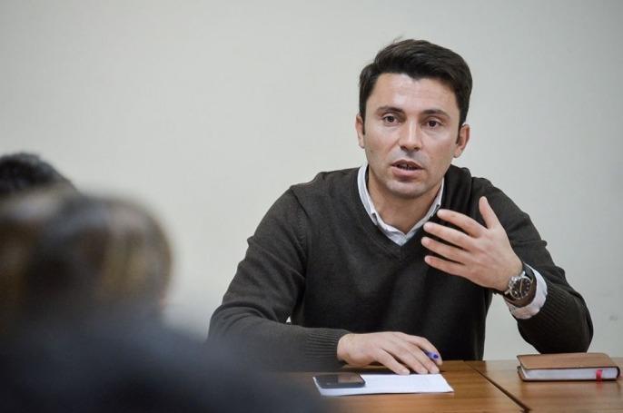 A do të jetë Adnan Rrustemi kandidat i LVV-së për komunën e Lipjanit?