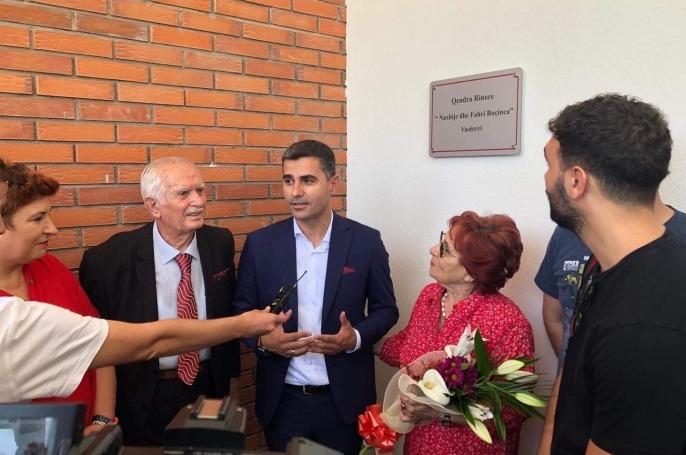 Vushtrri: Kryetari Tahiri ngushëllon familjen Buçinca për ndarjen nga jeta të Z. Fahri Buçinca