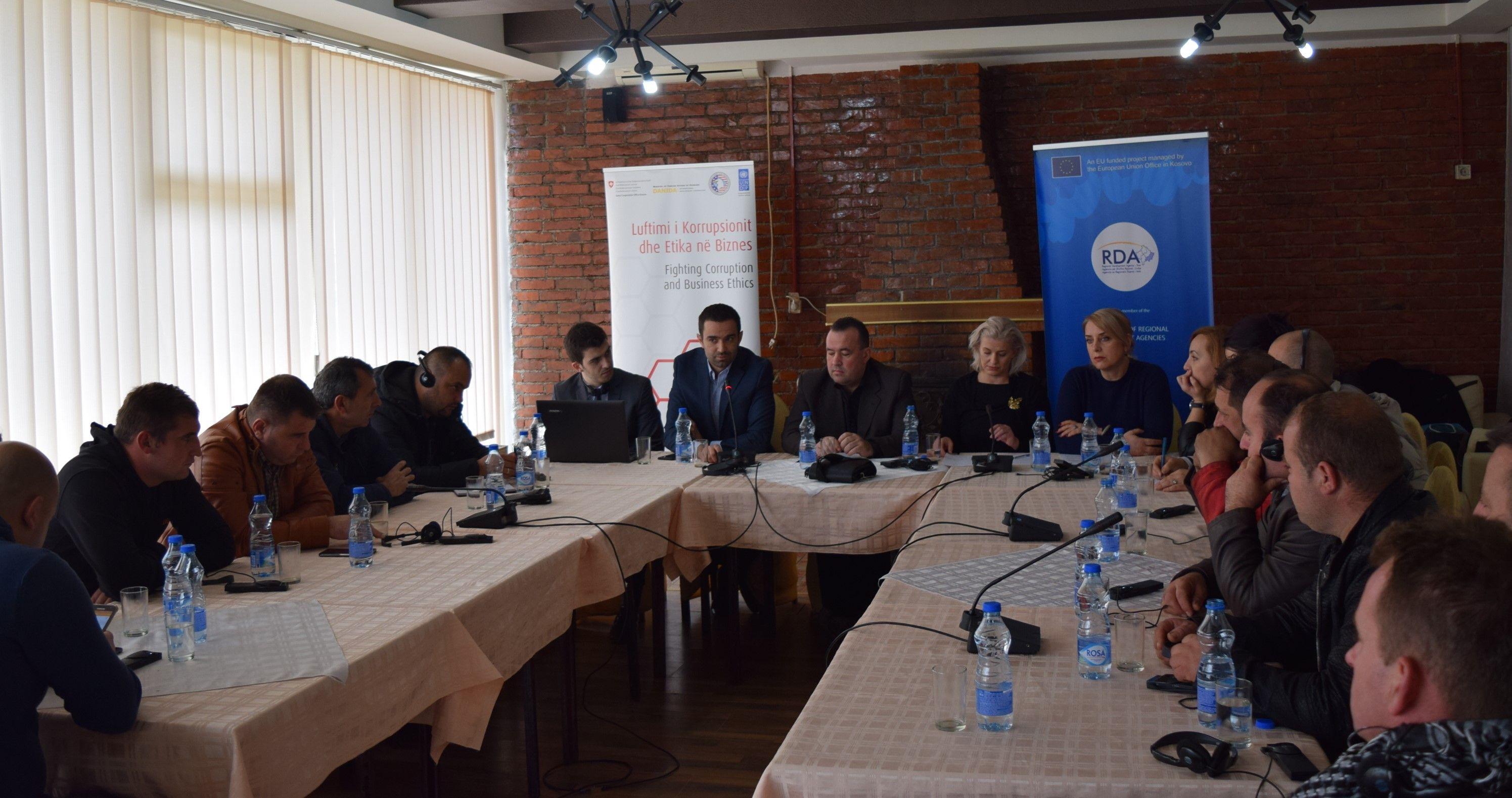 OEAK fton bizneset në komuna të vogla t'i bashkohen luftës kundër korrupsionit